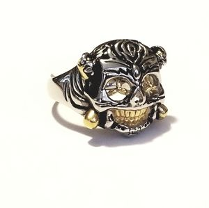 NWOT stainless steel two tone skull  mens ring